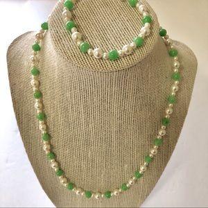 Jewelry - Vintage Set Necklace Bracelet Faux Pearl Faux Jade